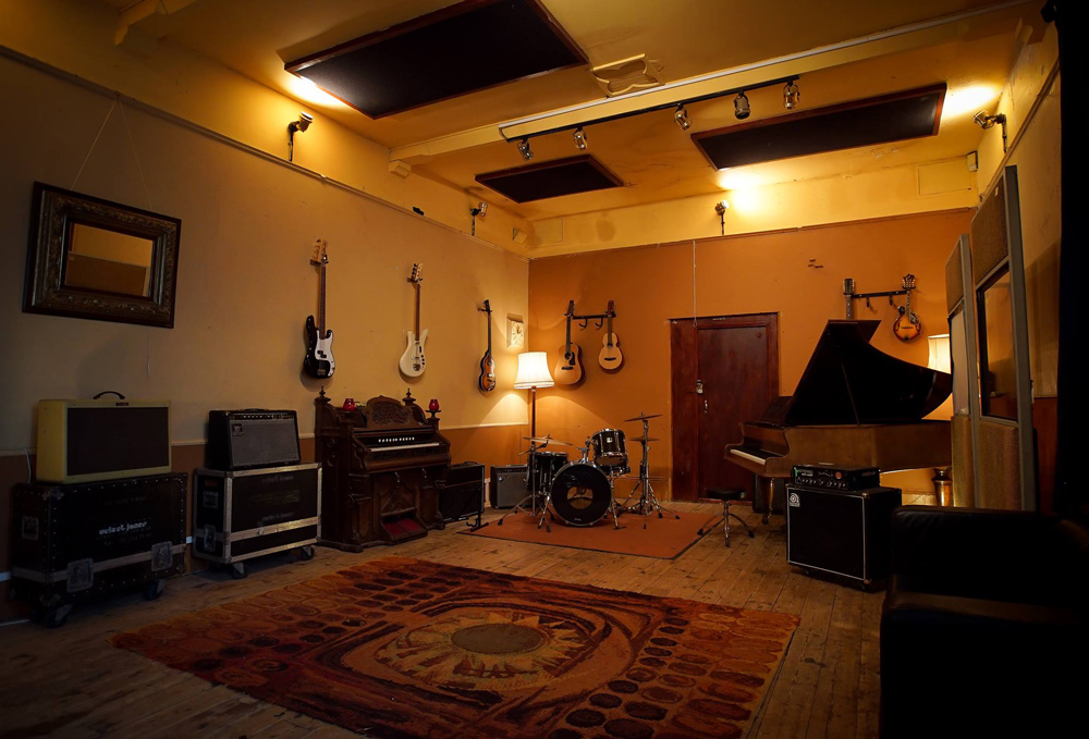 The Crypt Studio live room